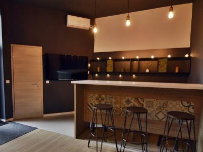 Apartament renovat, cu intrare dedicata